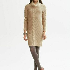Banana Republic Cable Knit Cowl Chunky Sweater- M